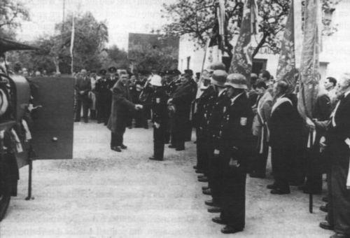 Freiwillige Feuerwehr Hausen Spritzenweihe im Jahr 1957